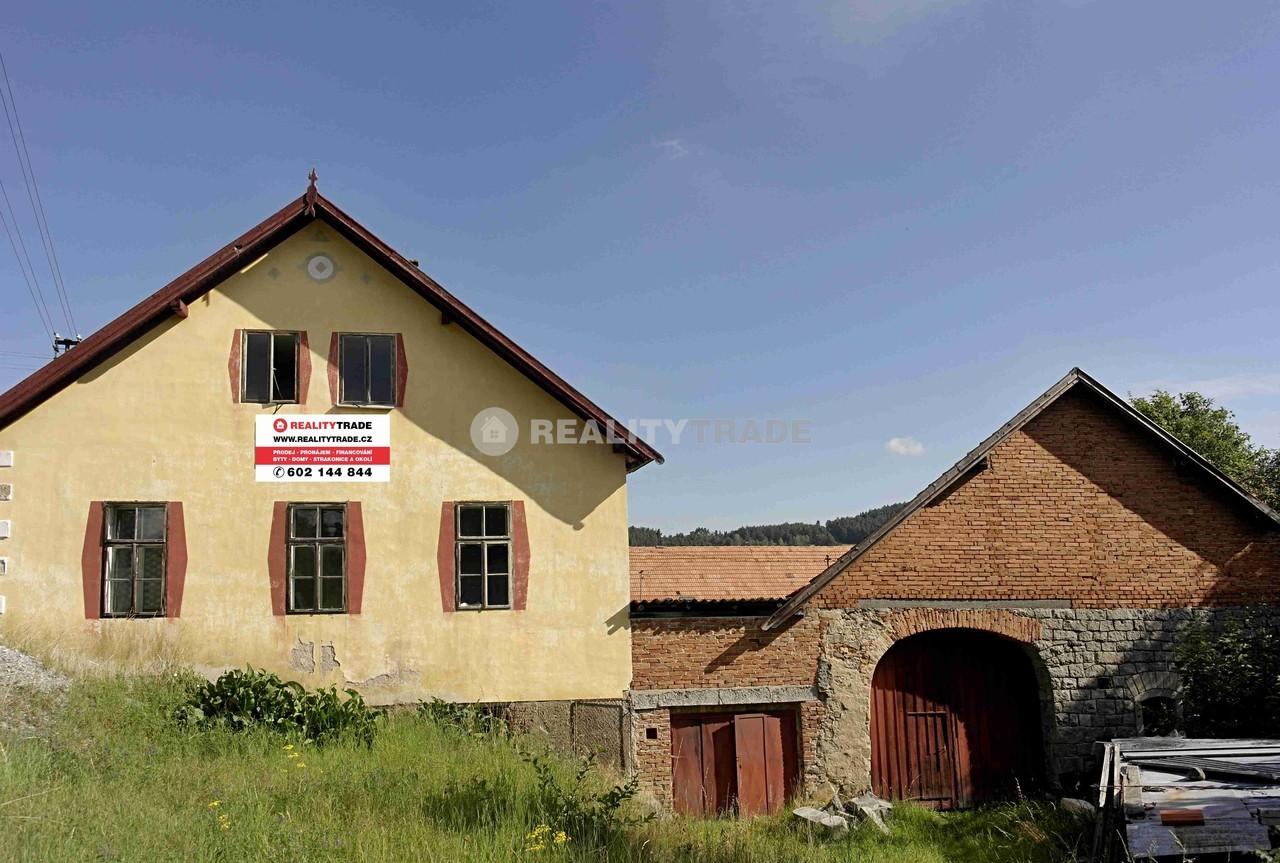 Domy před rekonstrukcí praha